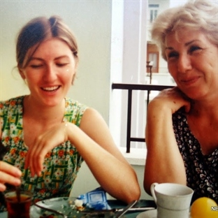 çay, annem, bir de ben