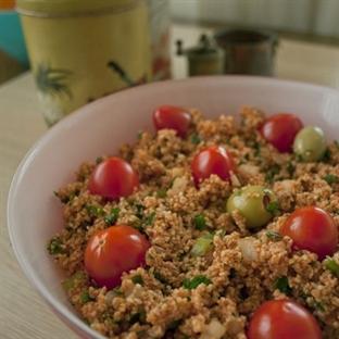 Domatesli Salatalıklı Kısır