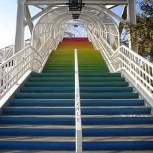 Dünyadan Yaratıcı ve Renkli Merdivenler