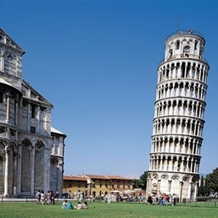 Eğik Kulenin Ev Sahibi Pisa'nın Gezi Rehberi