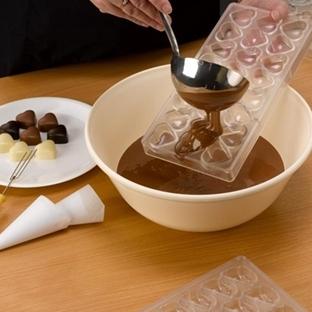 Evde Çikolata Yapıyoruz