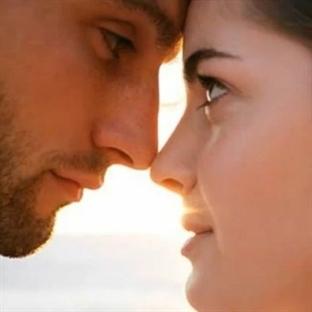 Gözler kalbin aynasıdır: İlişkilerde göz kontağı