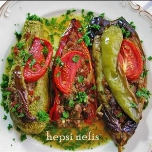 Karnıyarık Yemeği-Fırında Patlıcan Kabak Biber Kar