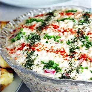 Mısırlı Yoğurtlu Buğday Salatası Tarifi