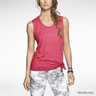 Nike Bayan Tişört Modelleri
