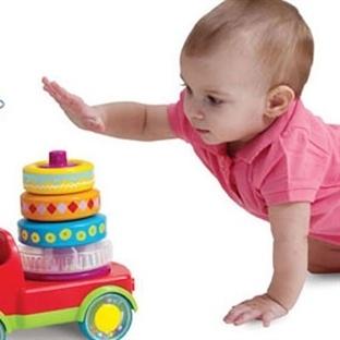 Oyuncak İle Birlikte Çocuğunuzun Gelişimine Yardım