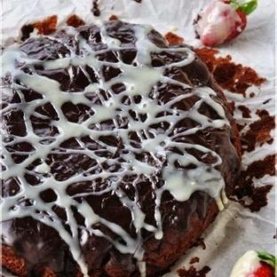 Pastane Usulü Çikolatalı Brownie