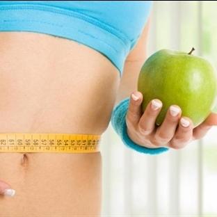 Sadece Elma Yiyerek Günde 1 Kilo Verin