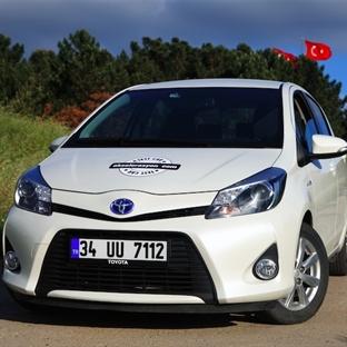 Şehiriçinde 3.9 l/100km! Toyota Yaris Hybrid Testi