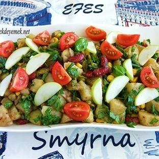 Siyah Fasulyeli Patates Salatası