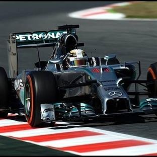 İspanya'da İlk Çizgide Yine Mercedes Pole Hamilton
