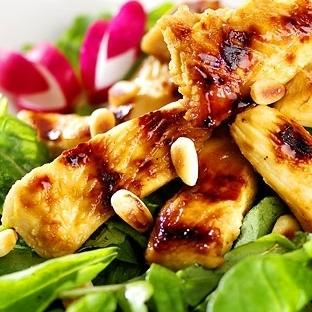 Tavuk Barbekü Salata Tarifi