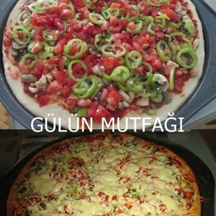 Tavuklu mantarlı pizza
