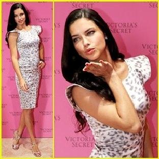 Adriana Lima'ya Ayda 8 Kilo Verdiren Diyet