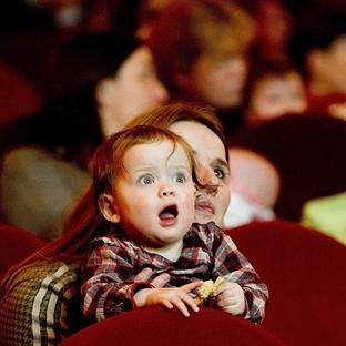 Anneler, haydi bebeğinizle sinemaya!