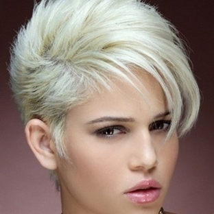 Bayan Yazlık Kısa Saç Modelleri