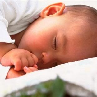 Bebekleri Nasıl ve Ne Kadar Uyutmalı?