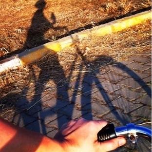 Bisikletle ulaşım tatbikatı hem de şehirde!