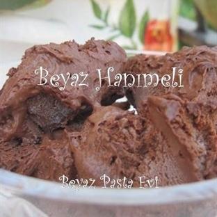 Çikolatalı enfes ve pratik dondurma