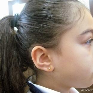 Çocuklarda Kulak Deldirme