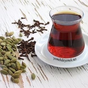 Doğal Aromalı Çay Nasıl Demlenir?