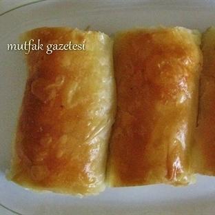 el açması peynirli rulo tepsi böreği