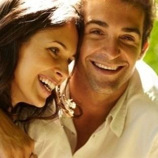 Erkekler mi yoksa kadınlar mı daha çok aşık oluyor
