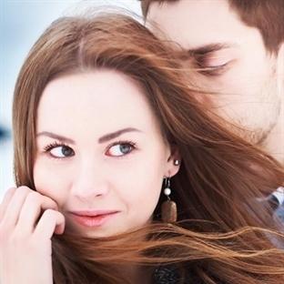 Fenomen Yazarın Romantik Üçlemesi Türkçe'de