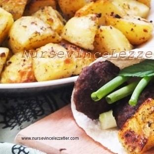 Fırında baharatlı Taze Patates Kızartması