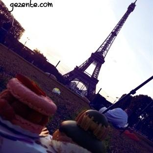 Ladurée, Macaronlar ve Eiffel önünde piknik keyfi.