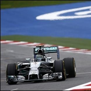 Mercedes Avusturya'da Dubleyle Dödü, Zafer Rosberg