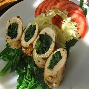 piliç toskana veya ıspanaklı tavuk sarma
