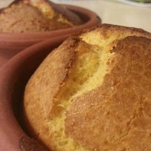 Pratik glutensiz mısır ekmeği
