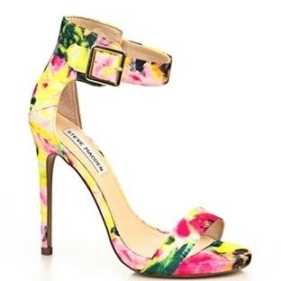Renkli Yazlık Bayan Ayakkabı Modelleri