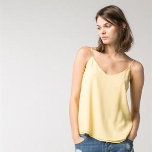 Renkli Yazlık Bayan Tişört Modelleri