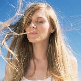 Saçlarınızı Evde Doğal Yollarla Açın
