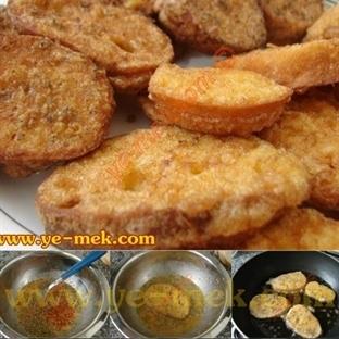 Sade Ve Baharatlı Yumurtalı Ekmek Dilimleri