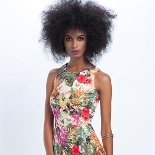 Yazlık Çiçek Desenli Elbiseler