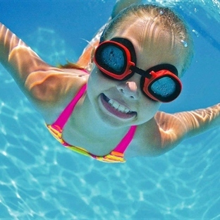 Yüzme kalp krizi riskini azaltır, ömrü uzatır