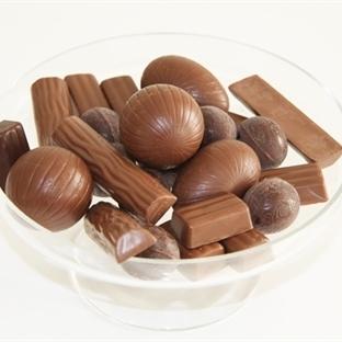 Bayram şekeri ve tatlılarını alırken dikkat edilme