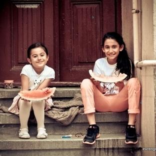 Cihangir'in Girişimci Ruhlu İki Küçük Hanımefendis