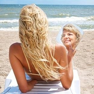 Dalgalı Saçlar İçin Evde Sprey Yapımı