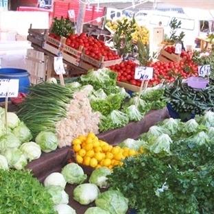 Dikat! Sıcak havalarda pazardan meyve ve sebze dış
