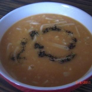 Erişteli Fasulye Çorbası