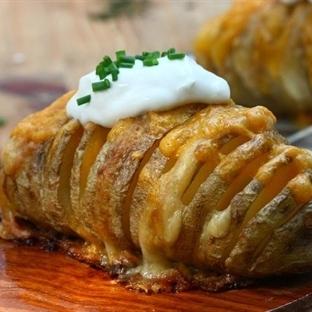 Fırında Peynirli Patates Tarifi