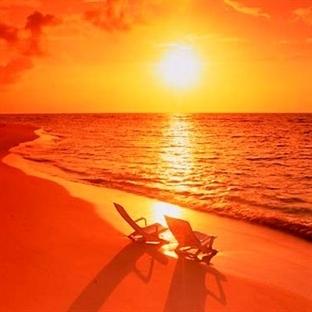 Güneşin Zararlı Etkilerinden Doğal Olarak Korunun