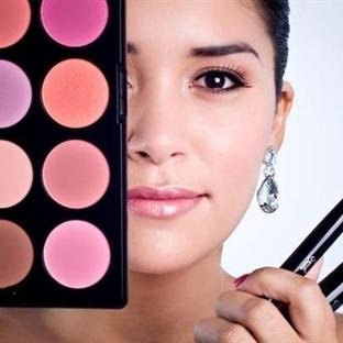 Güzellik Makyaj Malzemeleri Nasıl Kullanılır ?