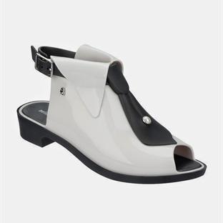 Karl Lagerfeld'den Melissa için kapsül koleksiyon