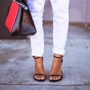 İkonik ayakkabı: Stuart Weitzman Nudist Sandalet
