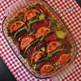 Patlıcan-Patates-Kabak Karışık Musakka